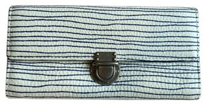 Fossil Riley Stripe Flap Wallet White Navy Blue