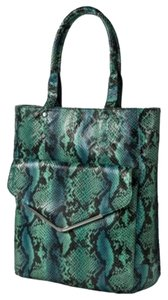 Other Tote in Turquois