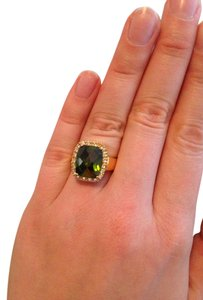 Other emerald and gold costume ring