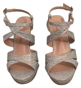 De Blossom Collection Silver Wedges