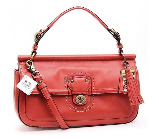Preload https://item4.tradesy.com/images/coach-willis-in-packaging-east-west-crossbody-leather-shoulder-bag-174498-0-0.jpg?width=440&height=440