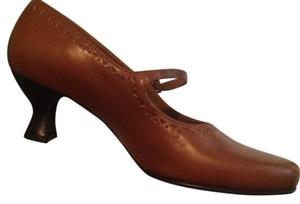 Naturalizer Mary Jane Caramel Pumps