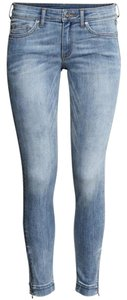 H&M Skinny Jeans-Light Wash