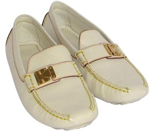 Louis Vuitton Goat Leather Driving Loafters Oxford Casual Size 6-1/2 Off White Flats