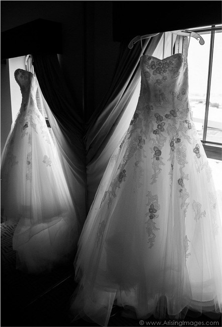 Item - Off White Tulle Barroco Traditional Wedding Dress Size 2 (XS)