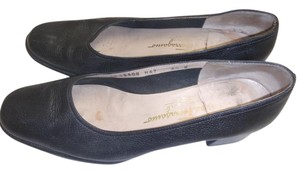 Salvatore Ferragamo Farragamo Black Pumps