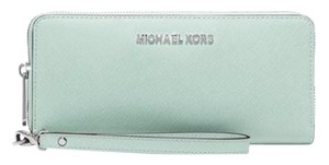 Michael Kors Michael Kors Jet Set Travel Continental Wallet