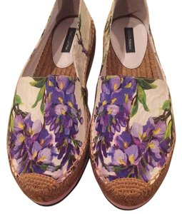 Dolce&Gabbana Floral. Lots of purple, greeand ot Flats