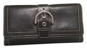 Coach COACH Leather Buckle Trifold Envelope Wallet Black / Silver
