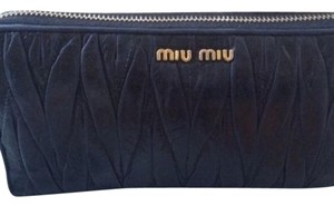 Miu Miu Malelasse Zip Around