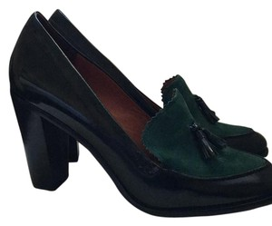 Pour La Victoire Emerald leather and suede Pumps