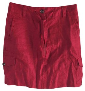 Autograph Skirt Apple Red. (True Crayon Red)