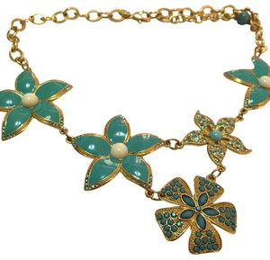 Carolee GLAM IVORY TURQUOISE FLOWER PENDANTS STATEMENT NECKLACE