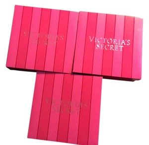 Victoria's Secret 80 Box Lot Of Victoria's Secret Pink Holiday Gift Boxes.