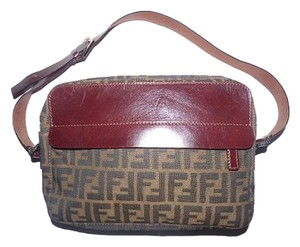 Fendi Rare Vintage Style Mint Vintage Shades Of Brown Large F Logo Print Chic And Stylish Shoulder Bag