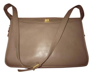 Givenchy Mint Vintage Multiple Compartment Classic Style Great For Everyday Gold Hardware Shoulder Bag