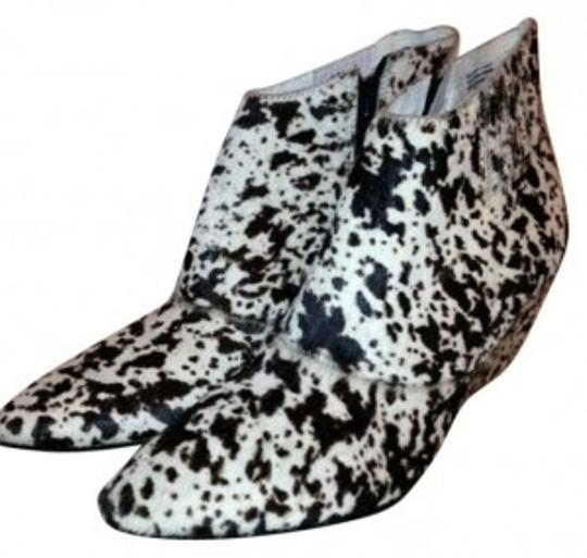 Preload https://item1.tradesy.com/images/matisse-whiteblack-calf-hair-never-worn-bootsbooties-size-us-65-174685-0-0.jpg?width=440&height=440