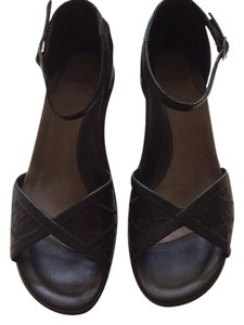 Dansko Runa Black Sandals