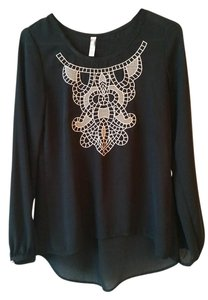 Xhilaration Flowy Casual Top Black with Cream Embroidery