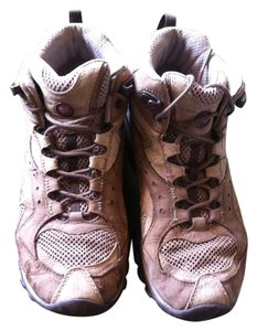 Merrell Leather Hiking Vibram Trail Brown Boots