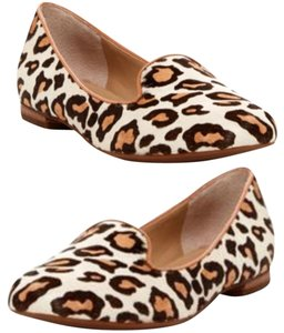 Arturo Chiang Snow Leopard, Cream/Brown Flats