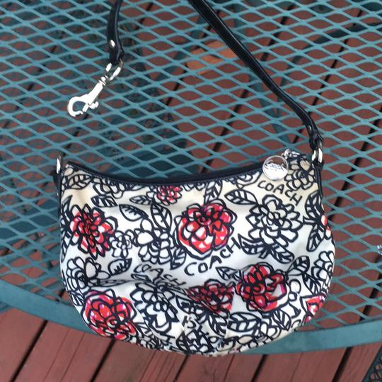 Coach Black/white/floral Clutch Image 1