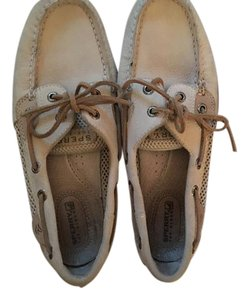 Sperry Suede White Light tan with light brown accents Athletic