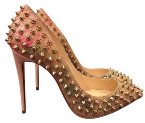 Christian Louboutin Follies Spike beige Pumps