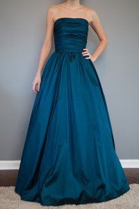 Mori Lee Deep Teal Taffeta 230 Traditional Bridesmaid/Mob Dress Size 00 (XXS)