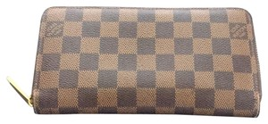 Louis Vuitton Zippy Wallet $50off With Code