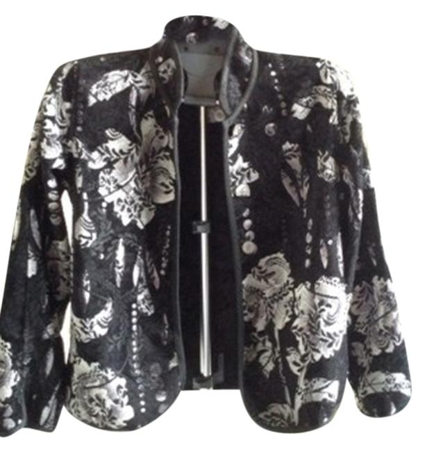 Preload https://item4.tradesy.com/images/multiples-black-with-white-floral-7113-3681-02-072-blazer-size-6-s-1748298-0-0.jpg?width=400&height=650