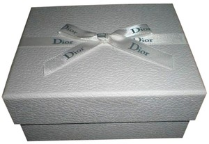 Dior Christian Dior white gift jewelry box with ribbon.New