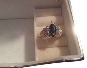 Kay Jeweler Beautiful 14k Diamonds & Sapphire Ring (1.75 c - diamonds)