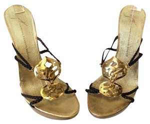 Giuseppe Zanotti Valentino Vuitton Chanel Gold Sandals