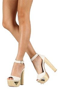 Qupid Sandals Chunky Ivory Cream Beige High Lakie Cut Out Cream/Beige/Ivory Platforms