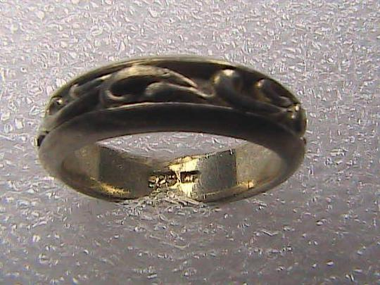 Vintage Sterling Silver Scroll Swirl Band Ring