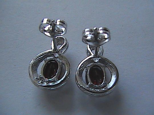 Unknown Sterling Silver 1.6 carats Garnet and White Topaz Stud Earrings