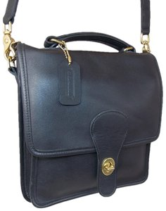 e6640c5f0110 Coach  chester   1100-374 (9901) ~ Brass ~ Black ~ Exc Vintage Navy ...