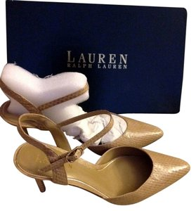 Ralph Lauren tan Pumps