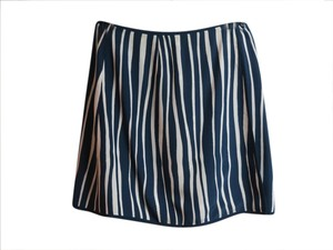 Dana Buchman Mini Silk Wrap Mini Skirt Navy and White