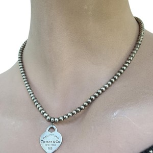 Authentic Tiffany &Co Bead necklce with pendent