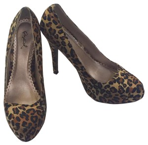 Qupid Print Party Slip On Cheetah Pumps