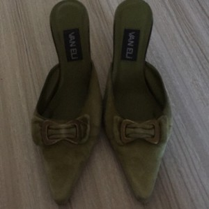 Vaneli Green Pumps