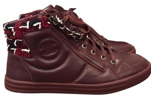 Chanel Trainer Sneaker burgundy Athletic