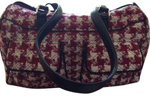 Vera Bradley Weekend Organized Light Weight Compartments Red houndstooth Travel Bag
