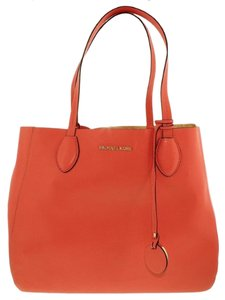Michael Kors Tote in Coral/Pale Gold