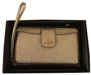Coach 36969 Coach Rose Gold Leather Phone Wallet