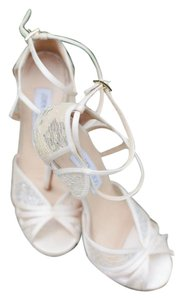 Jimmy Choo Lace Ivory Formal