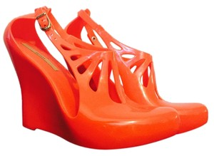 Melissa Delicious Addicting Red Candy Wedges
