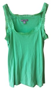 Gap Top green